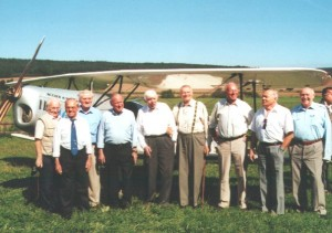 Von L.n.r. Johannes Broschwitz, Otto Fiehig, Werner Hohenberg, Günther Rall, Peter Düttmann, Heinz Ewald, Walter Wolfrum, Friedrich Obleser und Viktor Petermann.