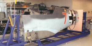 Hier sieht man den Rumpf in der Helling, die von den Brüdern Hartmair aus Freising gebaut wurde. (Fotos: MAC)
